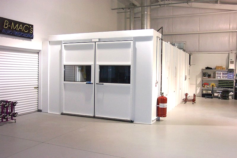 Down Draft Booth With Rear Exhaust Paint Spray Booths